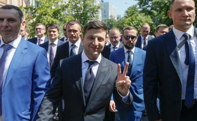 Партия Зеленского раскрыла свое истинное лицо, терять нечего: «Надежда только на …»