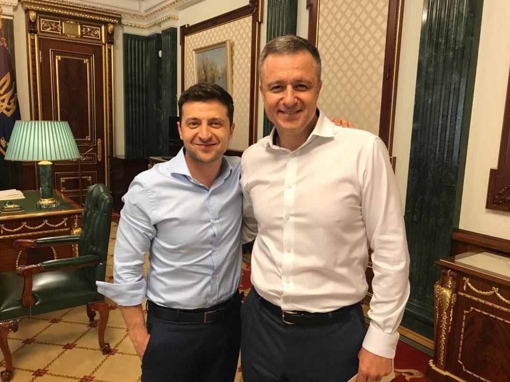Зеленский восстановил в должности уволенного Порошенко уполномоченного по правам ребенка Кулебу