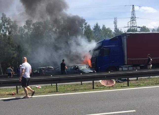 Масштабное ДТП на трассе в Польше: 6 погибших, пострадавших из огня спасал отчаянный украинец