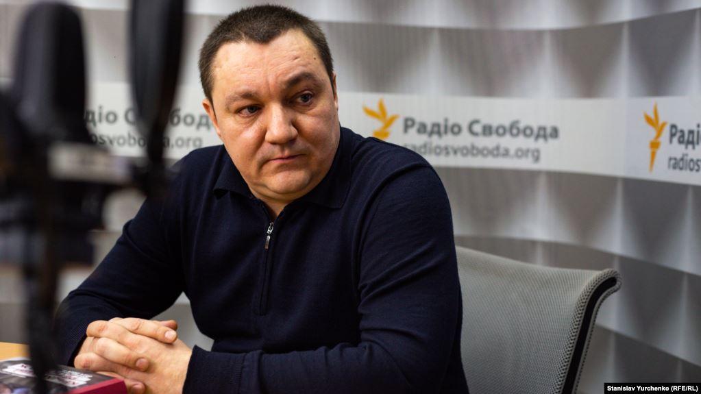 «Без необходимости не выходят из дома»: Испуганные соседи Тымчука дают первые показания и комментарии