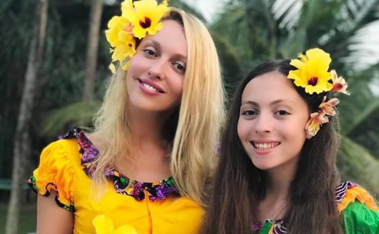 Дочь Оли Поляковой срочно госпитализировали: что случилось с 14-летней Машей, которую забрала скорая