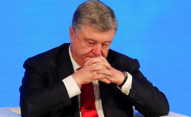 «Помогал скрывать преступления»: Соратника Порошенко «взяли за горло». Суд принял решение