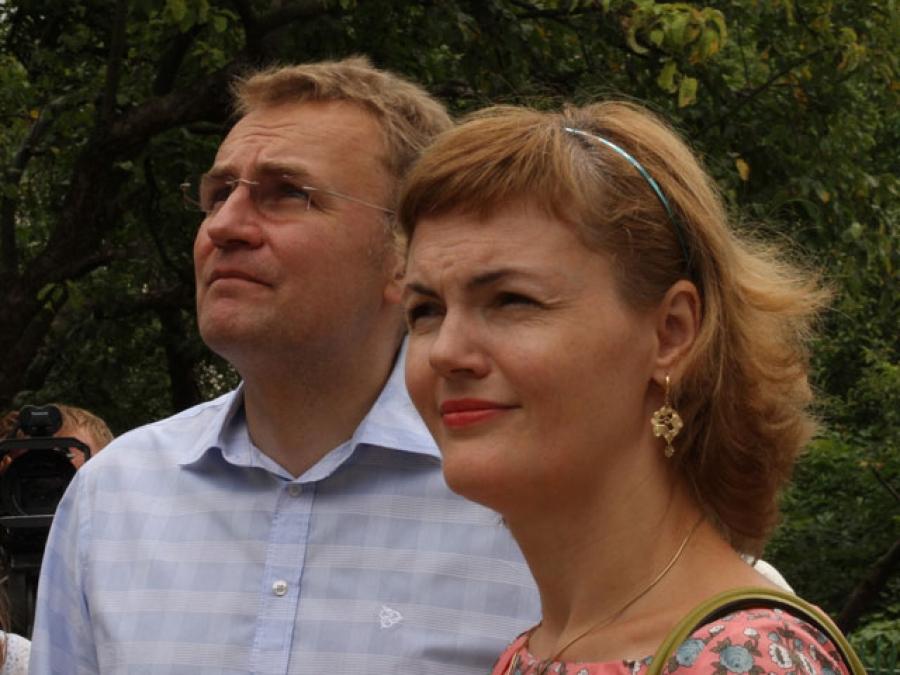 «Лично встретил Садовый с женой»: Первая леди страны прибыла во Львов. Узнайте детали