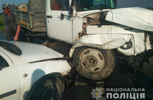 Масштабное ДТП с пострадавшими во Львовской области: Столкнулись несколько автомобилей