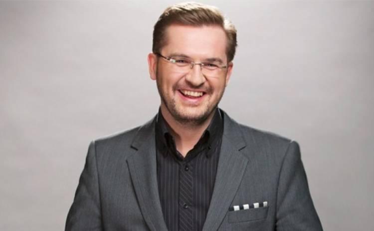 «Он такой симпатичный»: Известная певица призналась в чувствах к Александру Пономареву