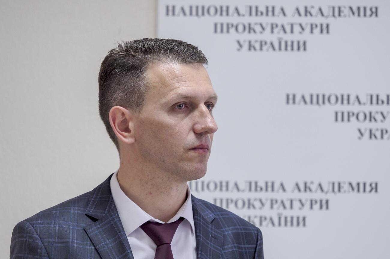 «Получить ответы на все вопросы»: Дела против Порошенко по заявлениям Портнова имеют правовую перспективу, — Труба