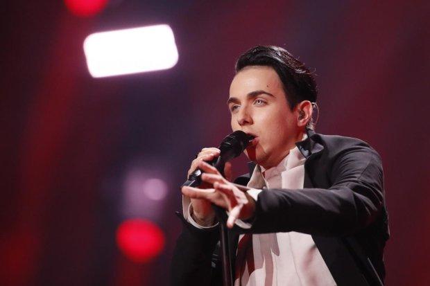 «Так и до болезни недалеко!»: Внешний вид Melovinа заставил поклонников волноваться за певца