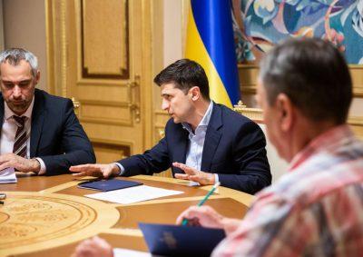Зеленский лично взялся за расследование: дело об украинских героях, это его решение