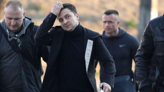 «Господин Президент, у нас проблемы!»: Разъяренные украинцы обратились к Зеленскому. Сели на шею и спустили ноги