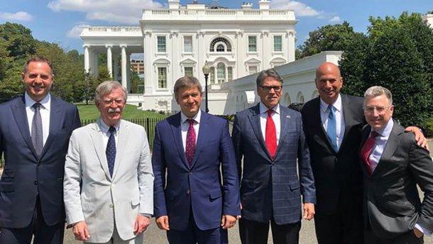 Заручился поддержкой! Данилюк встретился с Болтоном, Перри и Волкером: что обсуждали, что готовят для Украины