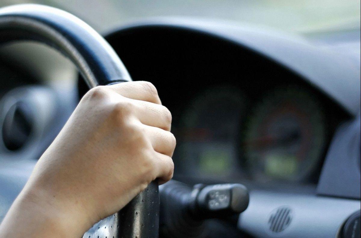 Коснется миллионов украинцев: Водителям могут запретить садиться за руль