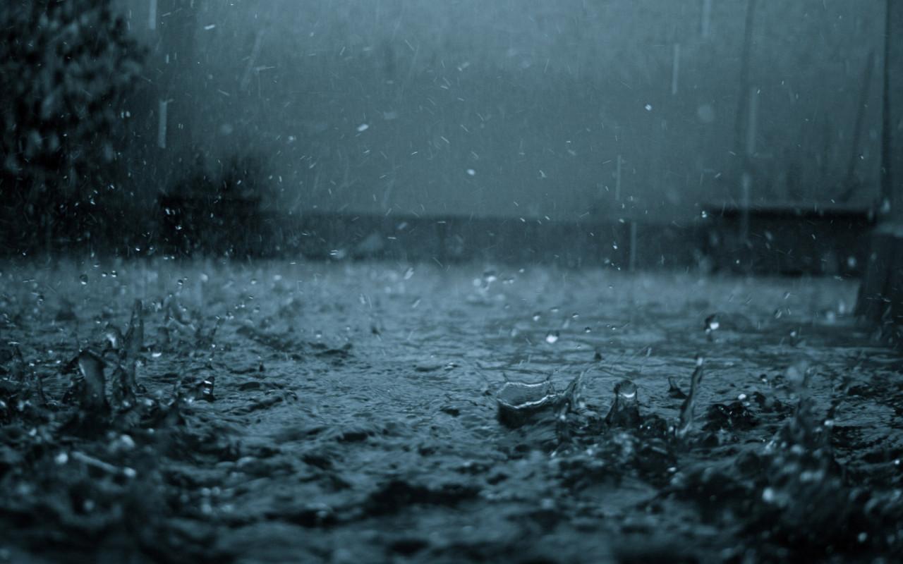 Жара до +34 и дожди: какая погода ожидает украинцев на этой неделе
