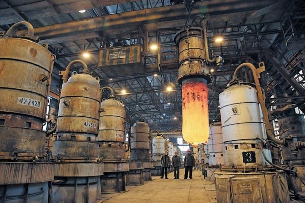 В Запорожье на титано-магниевом комбинате Фирташа произошла утечка ядовитого вещества
