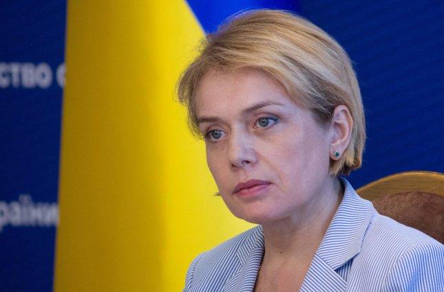 За интенсивность труда: Министр образования Гриневич в июне получила премий в пять раз больше оклада