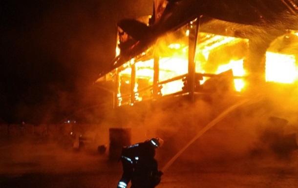 Политические баталии: На Закарпатье сожгли гостиничный комплекс известного депутата