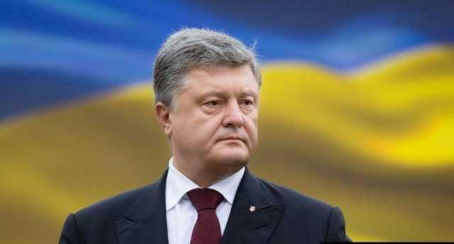 «Ты уже 5 лет назад обещал»: Порошенко пристыдили украинцы за его фото с избирательного участка