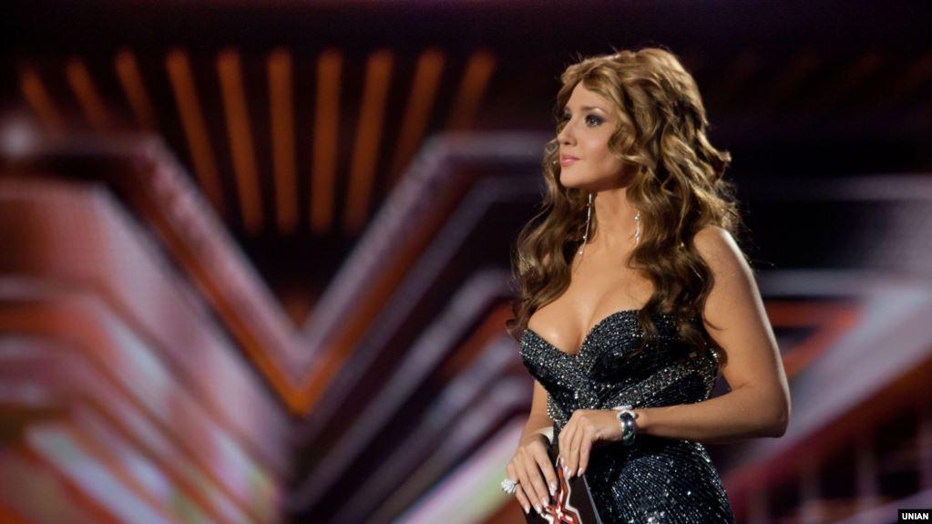 «Сколько денег ушло на пластику? Миллионы?» Оксана Марченко щеголяет роскошным отдыхом на Мальте