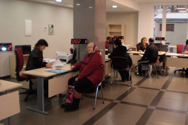 Пенсионерам обещают новые повышения уже с начала месяца