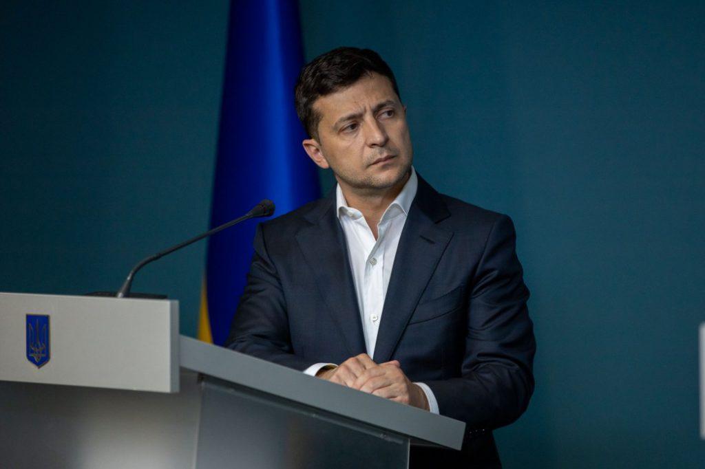 Скандал с кордом в Днепре: Президент требует уволить главу Нацполиции области Глуховерю