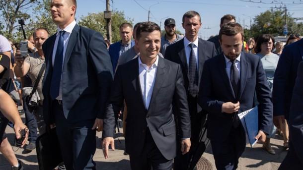 И снова разбор полетов: Зеленский дал мэру Запорожья три месяца на решение проблем. Сделать срочно!