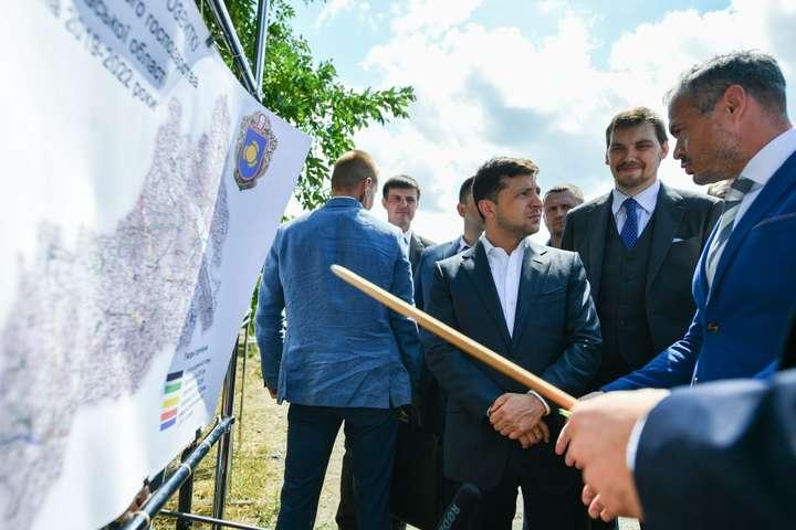 «Персонаж еще тот!»: Зеленский представил нового руководителя Черкасской ОГА