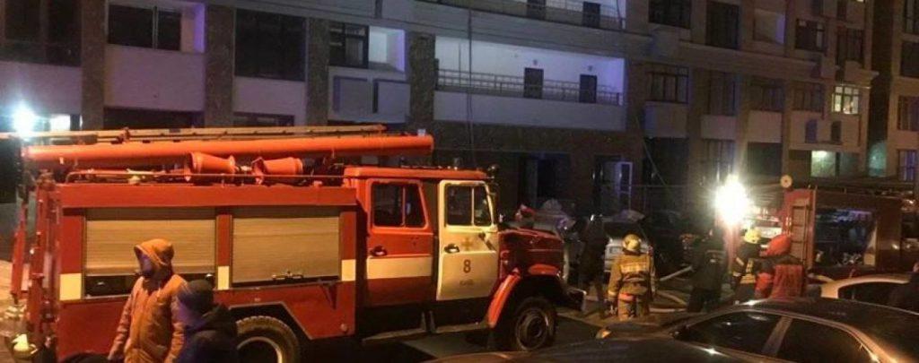 Нашли обгоревший труп женщины: Крупный пожар в центре столицы закончилась трагедией