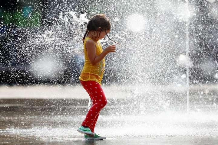 Жаркое лето возвращается: синоптик рассказала о погоде в Украине на ближайшие дни