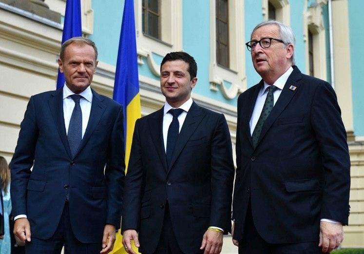 Будем работать до конца! Зеленский рассказал, что санкции и дальше будут действовать против России