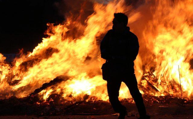 Во Львовской области мужчина сжег себя заживо: неудачно отомстил за ссору жене