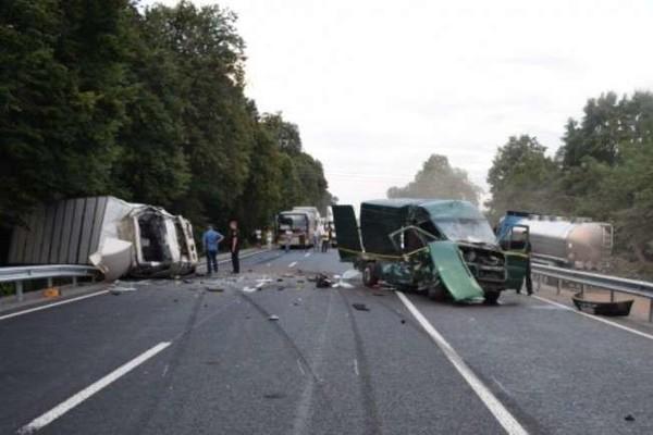 Пьяный водитель скрылся с места происшествия: Выдающаяся украинка попала в ДТП