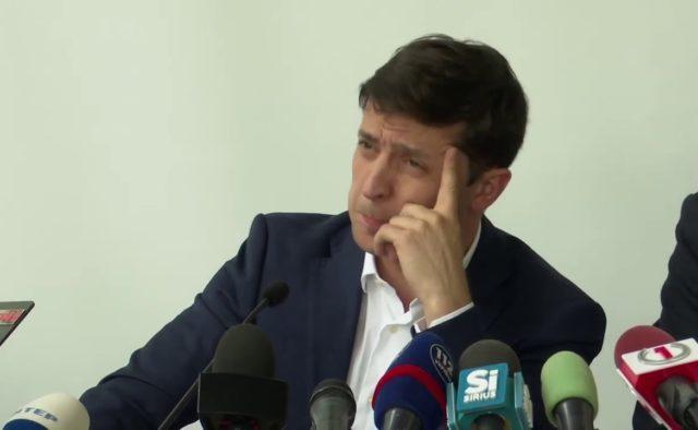 Зеленского атаковали после разноса таможенников, но нарвались на ответ: засуньте себе все ваши …