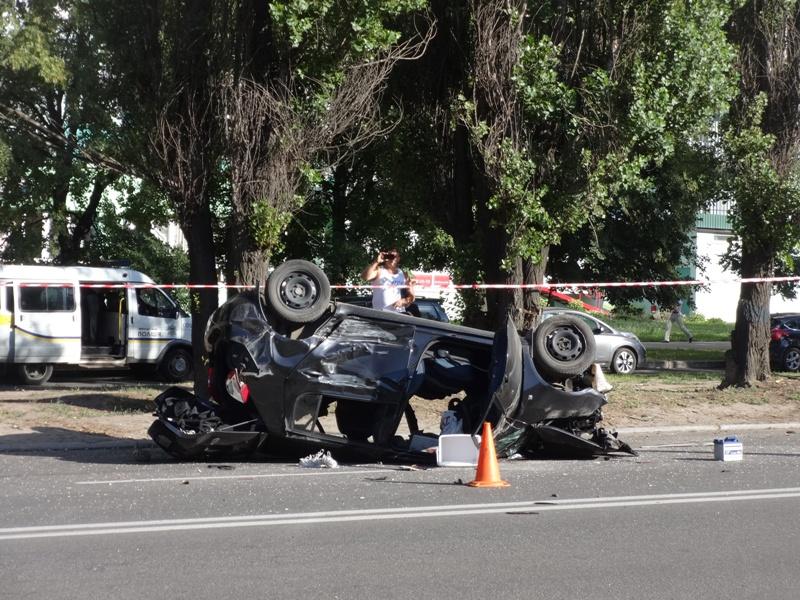 В машине находилась вся семья: звезда популярного украинского телешоу разбился в жутком ДТП под Одессой