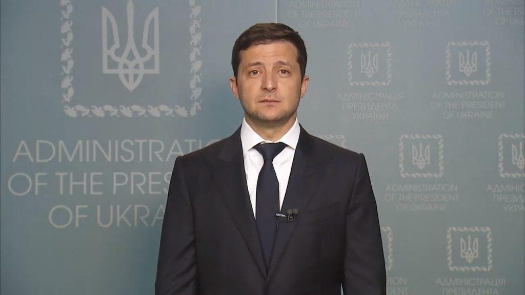 «Лишить их всех возможностей …»: Зеленский решил судьбу украинских чиновников и депутатов. Им всем фиолетово!