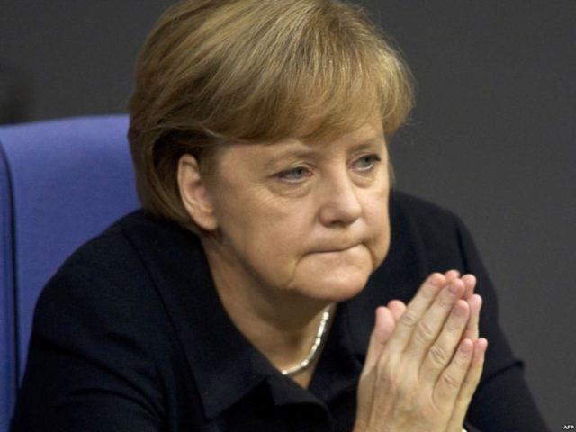 «Не стоит…»: после очередного приступа Ангела Меркель сделала экстренное заявление
