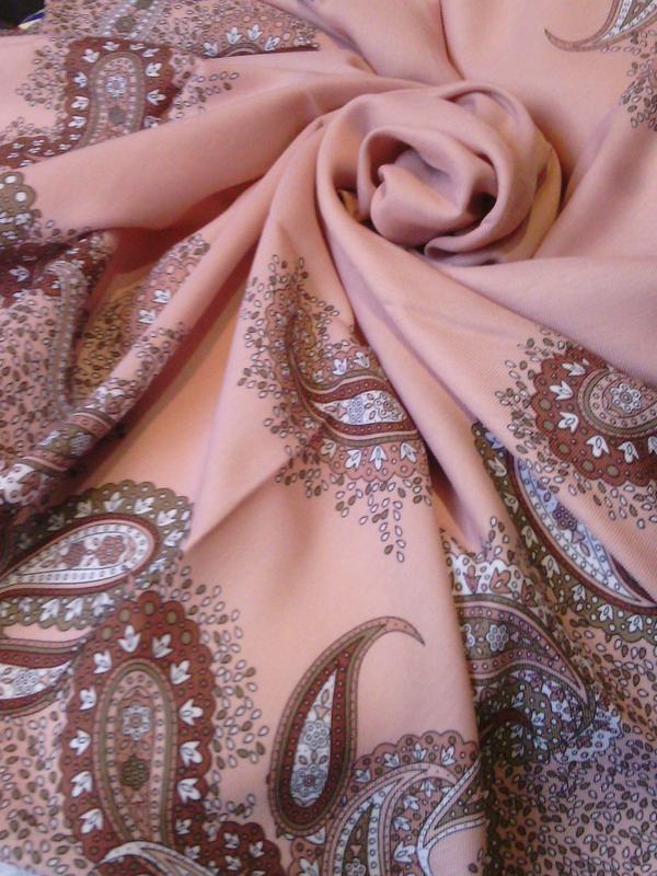 Задушила платком и убежала: конфликт между невесткой и свекровью закончился трагедией