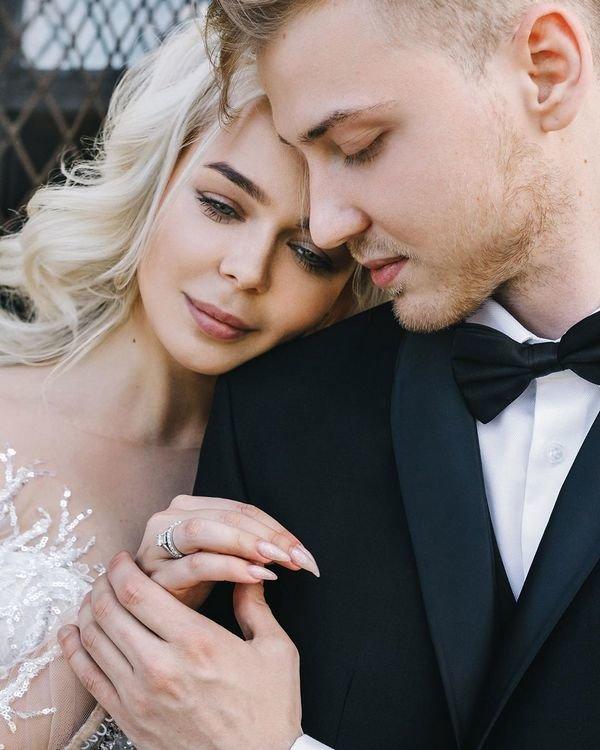 «Что это значит?»: Алина Гросу рассказала о мистическом знаке в браке