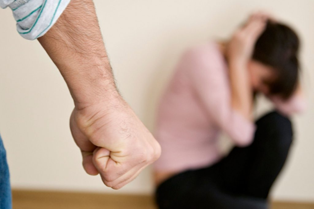 Зверская расправа: сын избил собственную мать до смерти