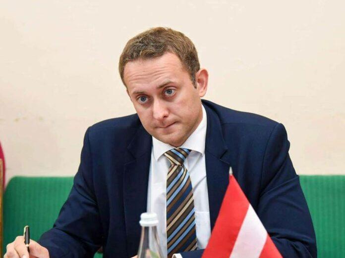 «Они даже не могут заключить соглашение»: Мальский прокомментировал решение Зеленского об увольнении председателей