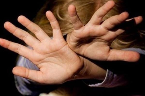 «Пригрозил, что прикончит ребенка»: 14-летний школьник жестоко изнасиловал четвероклассницу.