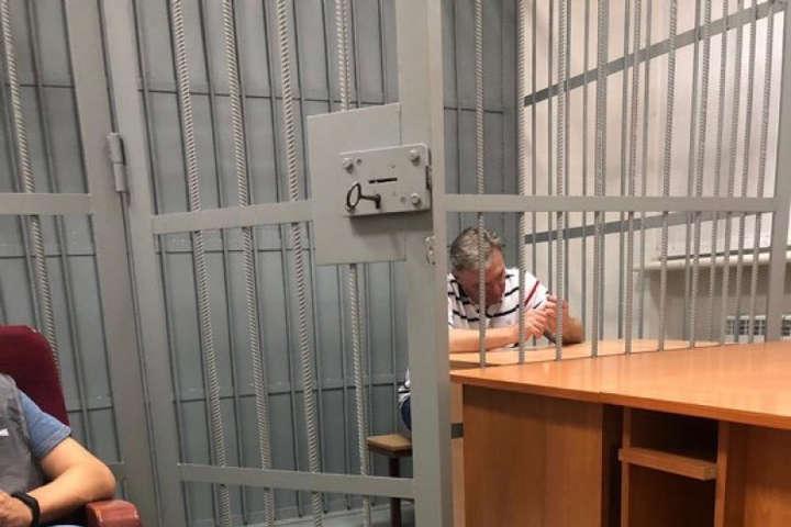 «Еще одного взяли»: Стало известно, кого задержали за взяточничество вместе со скандальным соратником Порошенко