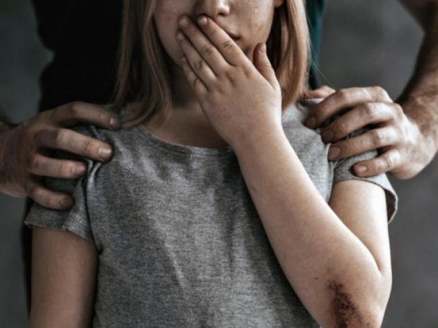 В доме, где никто не жил: На Волыни пьяный отец регулярно насиловал свою дочь