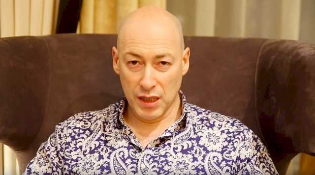 «Очередная неудача»: Гордон записал срочное обращение к украинцам. Не будет решать конфликт на Донбассе