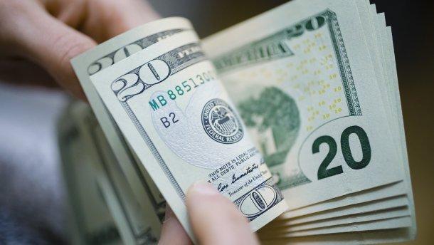 Курс валют на 29 августа: доллар и евро подорожали. Украинцы скупают «зеленый»!