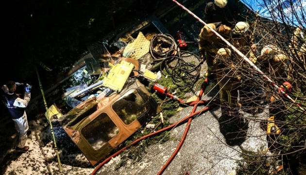 На борту было несколько человек: во Львовской области разбился военный вертолет. Все подробности