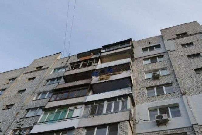 «Слишком сильно любил»: Одессит сбросил свою любимую с балкона третьего этажа