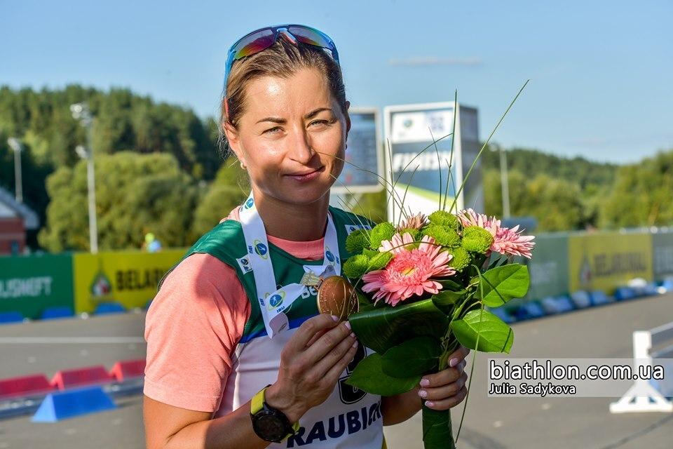 «Слышала только дыхание соперниц»: Украинка Валя Семеренко выиграла летний чемпионат мира по биатлону