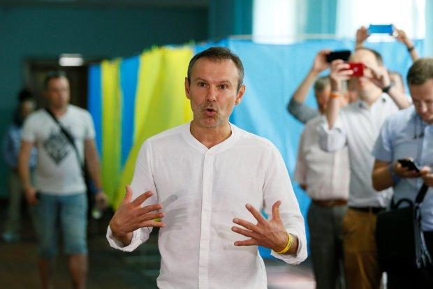 Возможности парламентского большинства: Вакарчук обратился к Зеленскому с предложением. Все осознаем