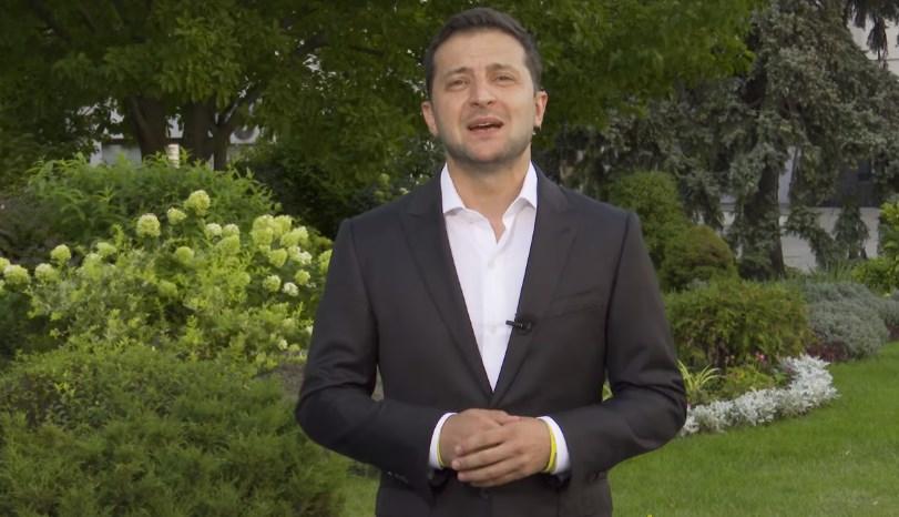 Зеленский решил позаботиться о благосостоянии украинцев: внесены изменения в финансовой и налоговой сфере