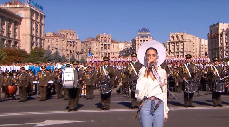 Вспомнили поездки в Крым и Россию: Алина Паш после выступления ко Дню Независимости пожаловалась на оскорбления и угрозы
