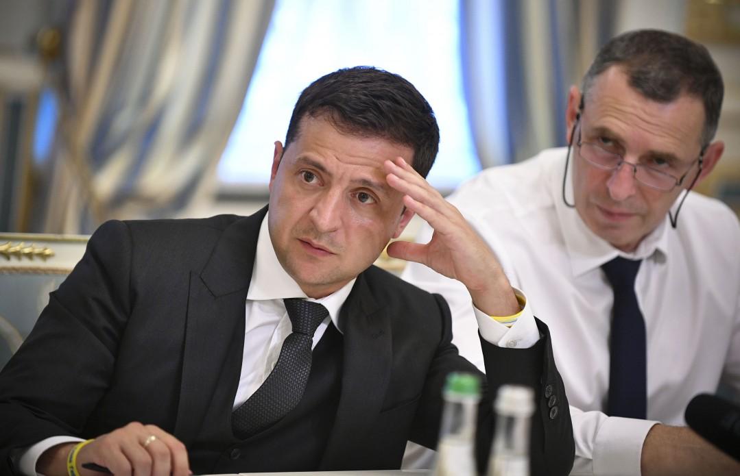 «Снизить более чем в три раза»: Зеленский принял важное решение на совещании. Коммуналка больше не будет пугать!